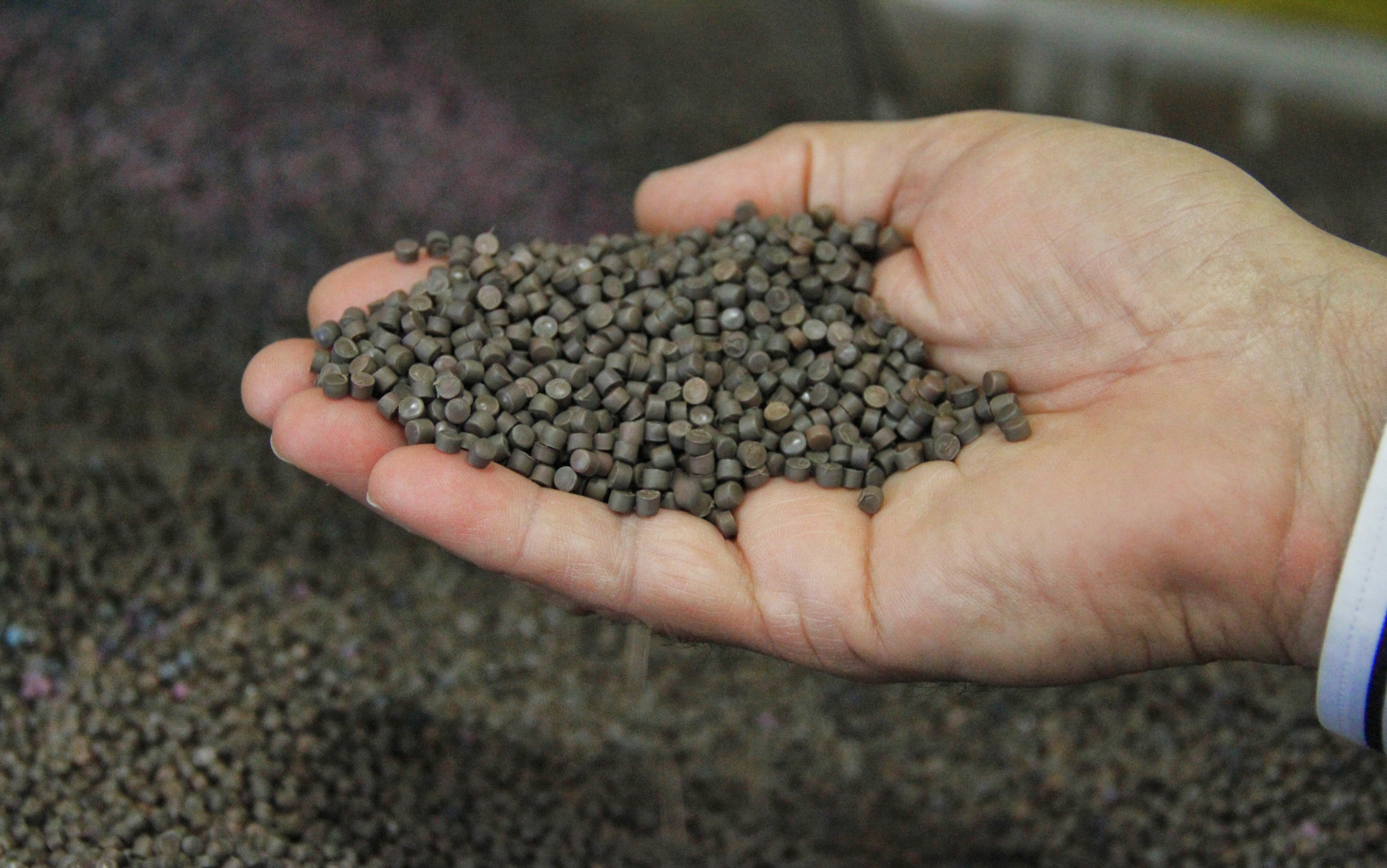 These Pellets Are Made At Command Packaging S Salinas Facility The Plastic Shipped To